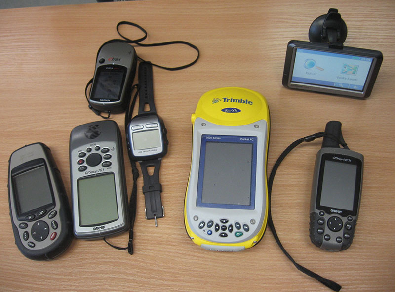 Old Technologies - Dedicated GPS Devices