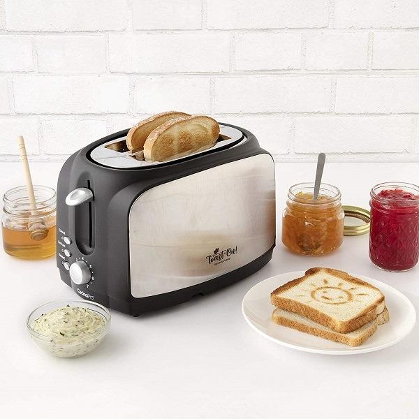 Toast on! Happy Toaster 1