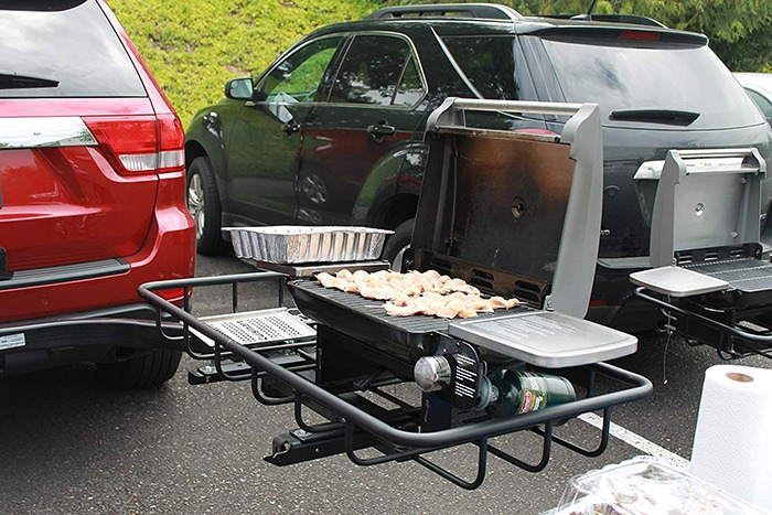 Hitch Mounted Tailgating Grill 5 Full