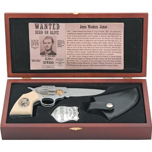 The Gun Knife In Box