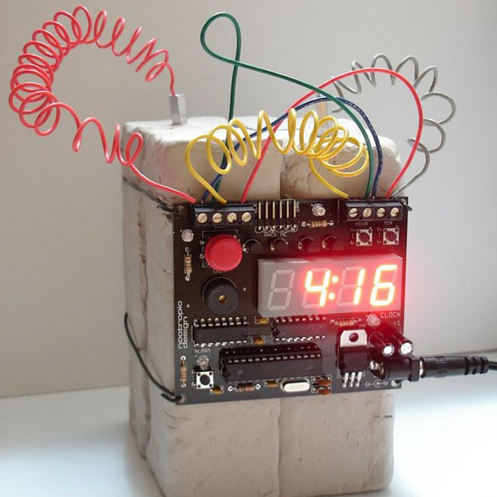 Defusable Bomb Alarm Clock 2