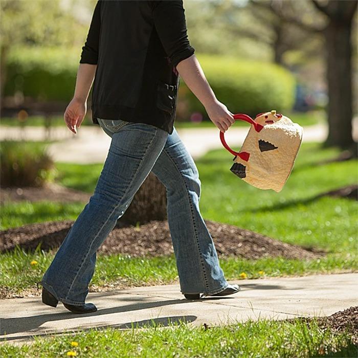 The Hen Bag Handbag 3