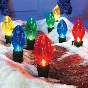 Giant Bulb Outdoor Christmas Lights 03
